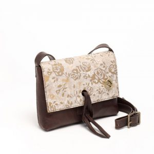 Leather woman bag with golden floral motifs