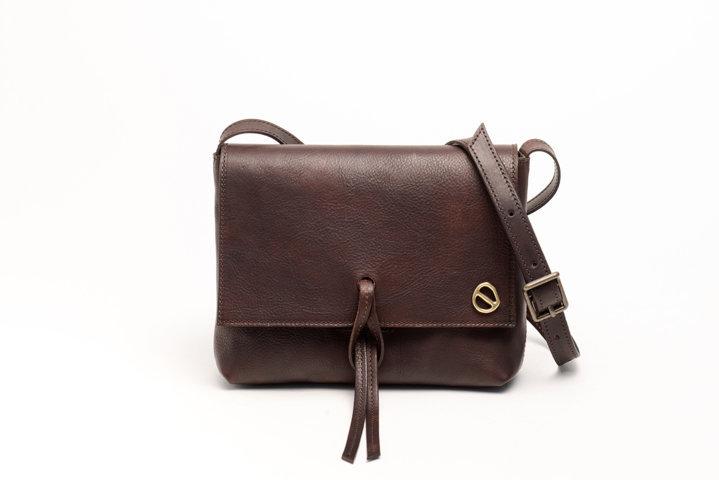 dafne xs brown bag