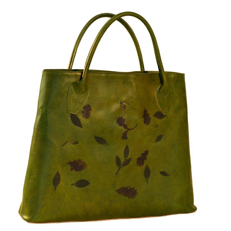 Borsa nicole in pelle verde con decorazioni quercia